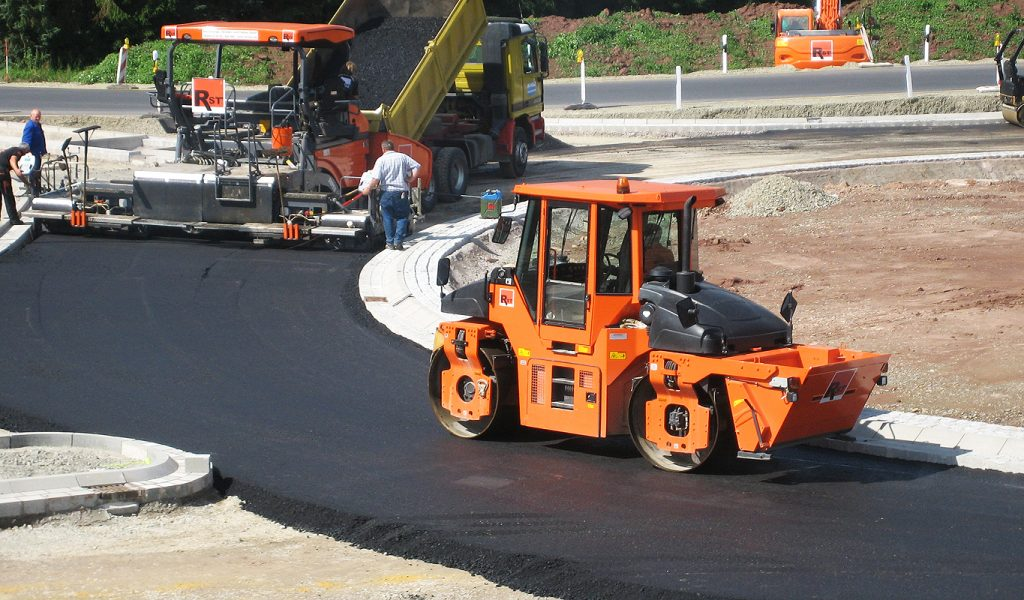 Straßenbau - Kreisel Scheden